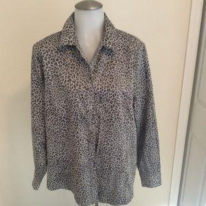 Chico's no iron cheetah print shirt
